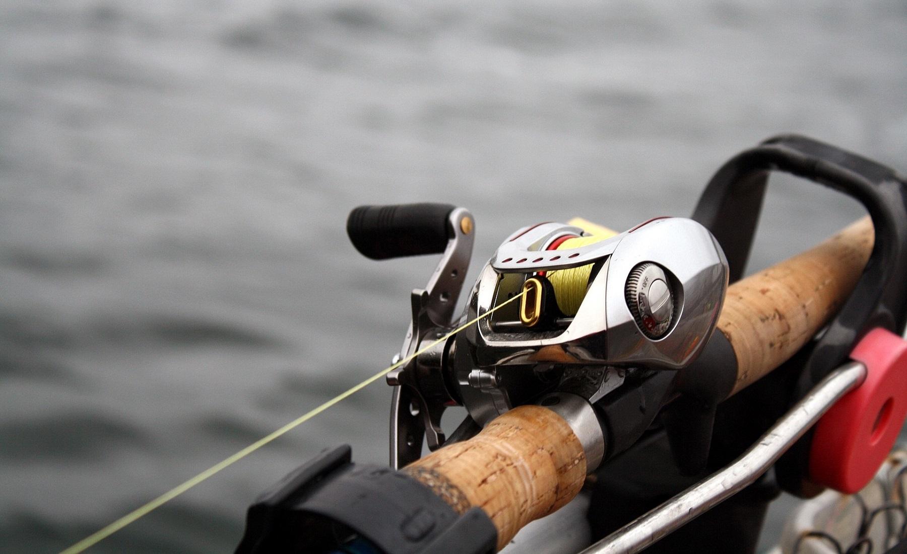 best baitcasting reel for saltwater fishingforsport